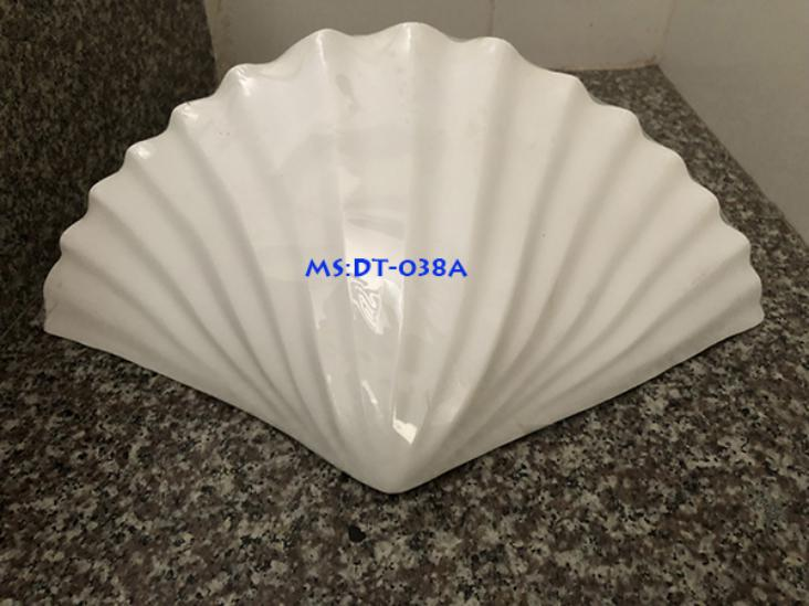 dentreotuongphongkhach dt038a